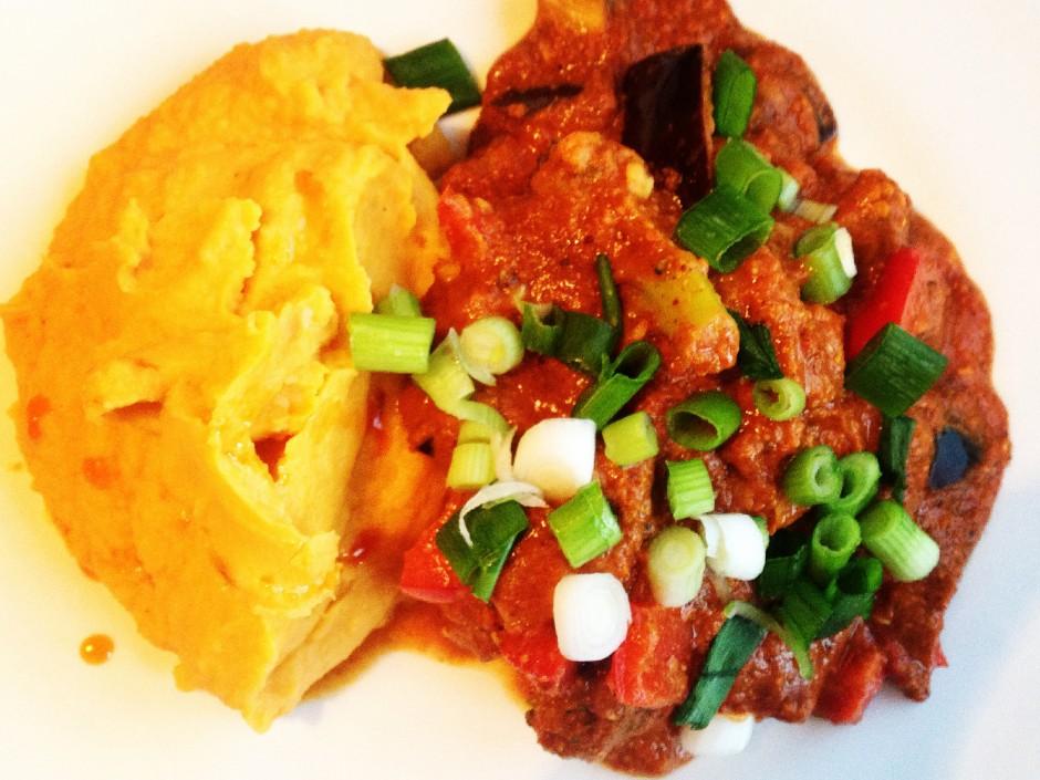 Paleo-Aubergine-Cauliflower-Curry-Cauli-Sweet-Mash