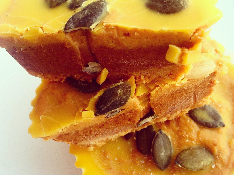 Paleo-Pumpkin-Pie-Fudge-Butter-Cups