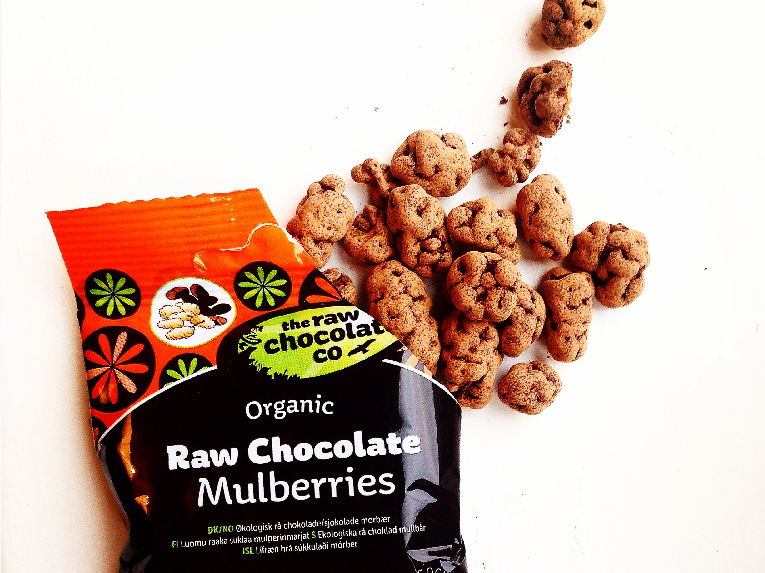 The-Raw-Chocolate-Company-Berries-Review-GOTSA