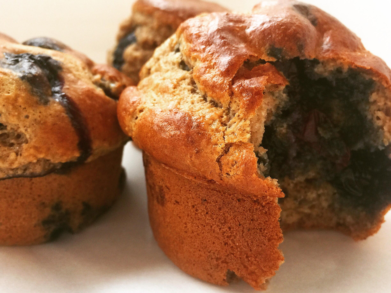 Paleo-Blueberry-Pancake-Muffins