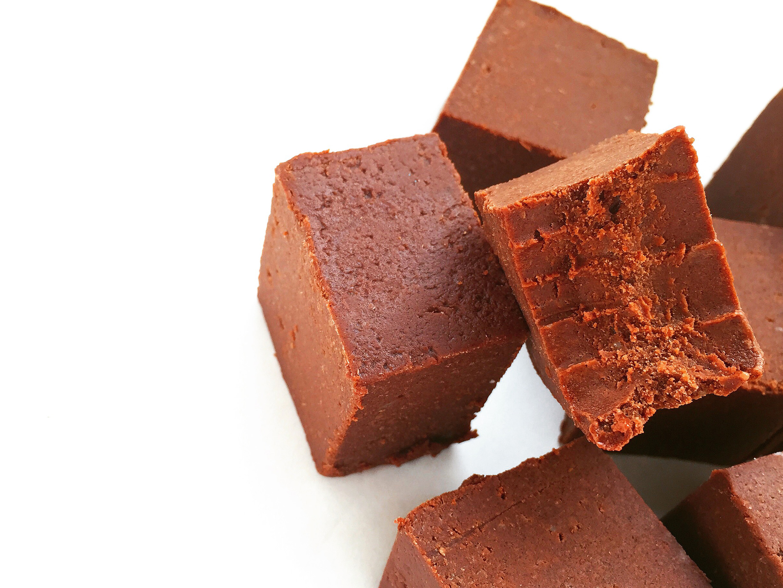 Paleo-Salted-Chocolate-Orange-Super-Fudge
