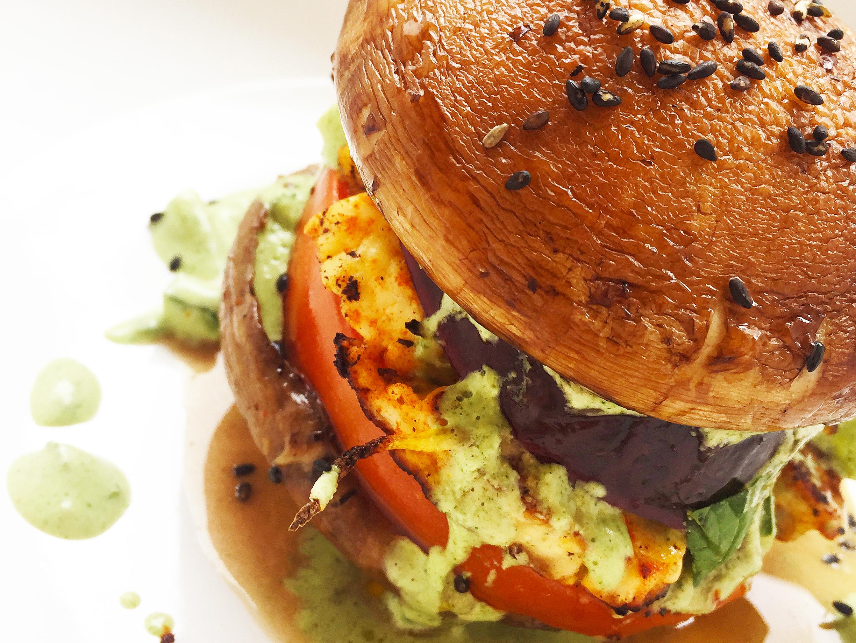 paleo-halloumi-mushroom-burger-6