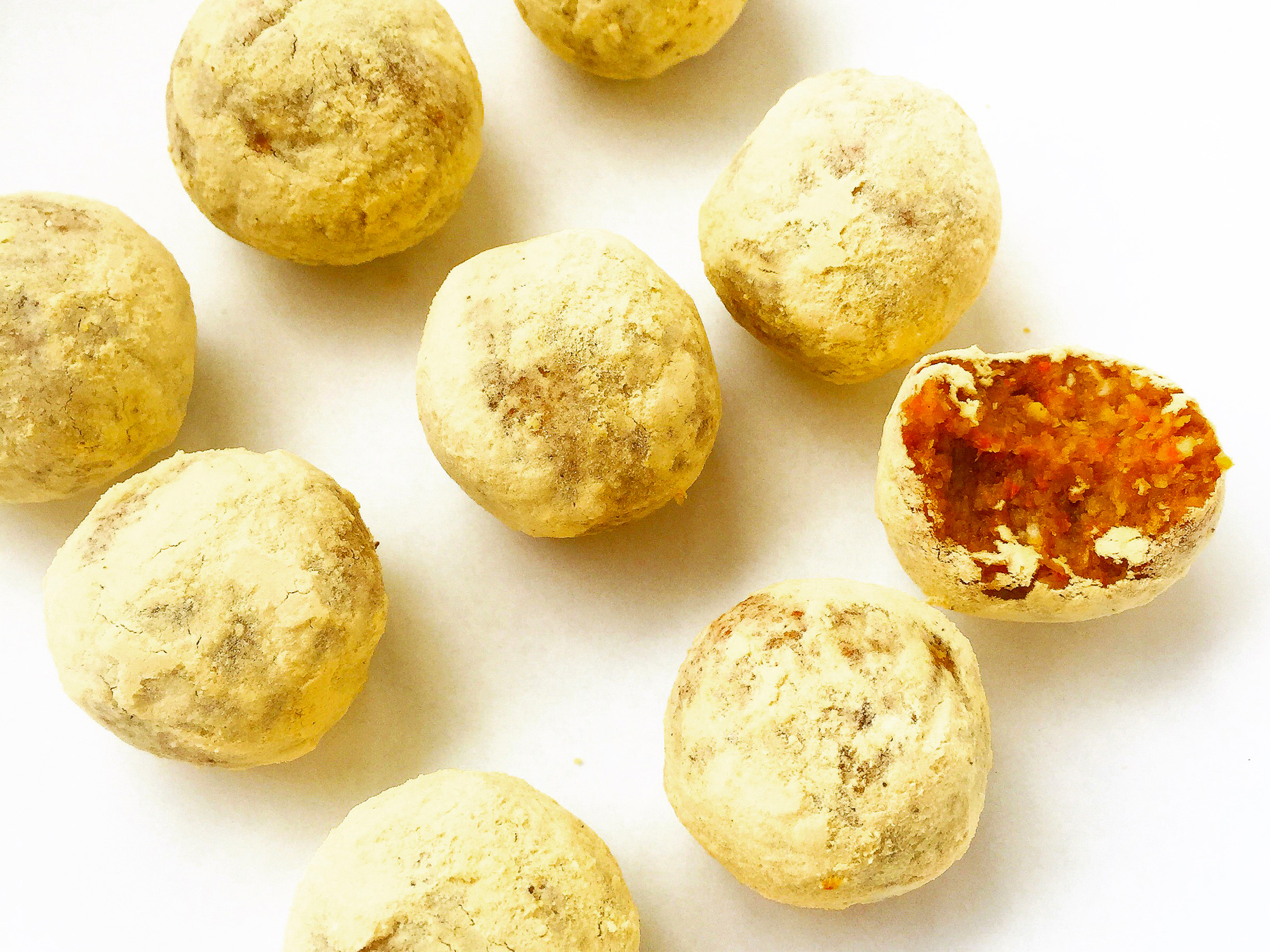 Paleo-Tropical-Truffle-Raw-Cake-Balls-6