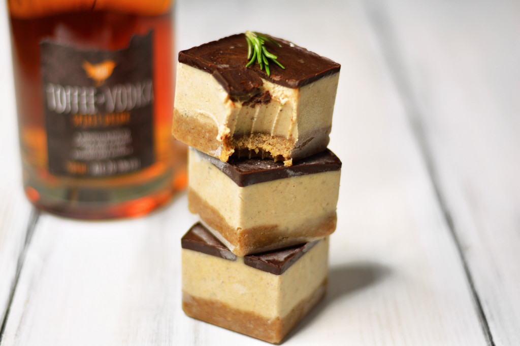 kin-toffee-vodka-gingerbread-and-rosemary-slice-2