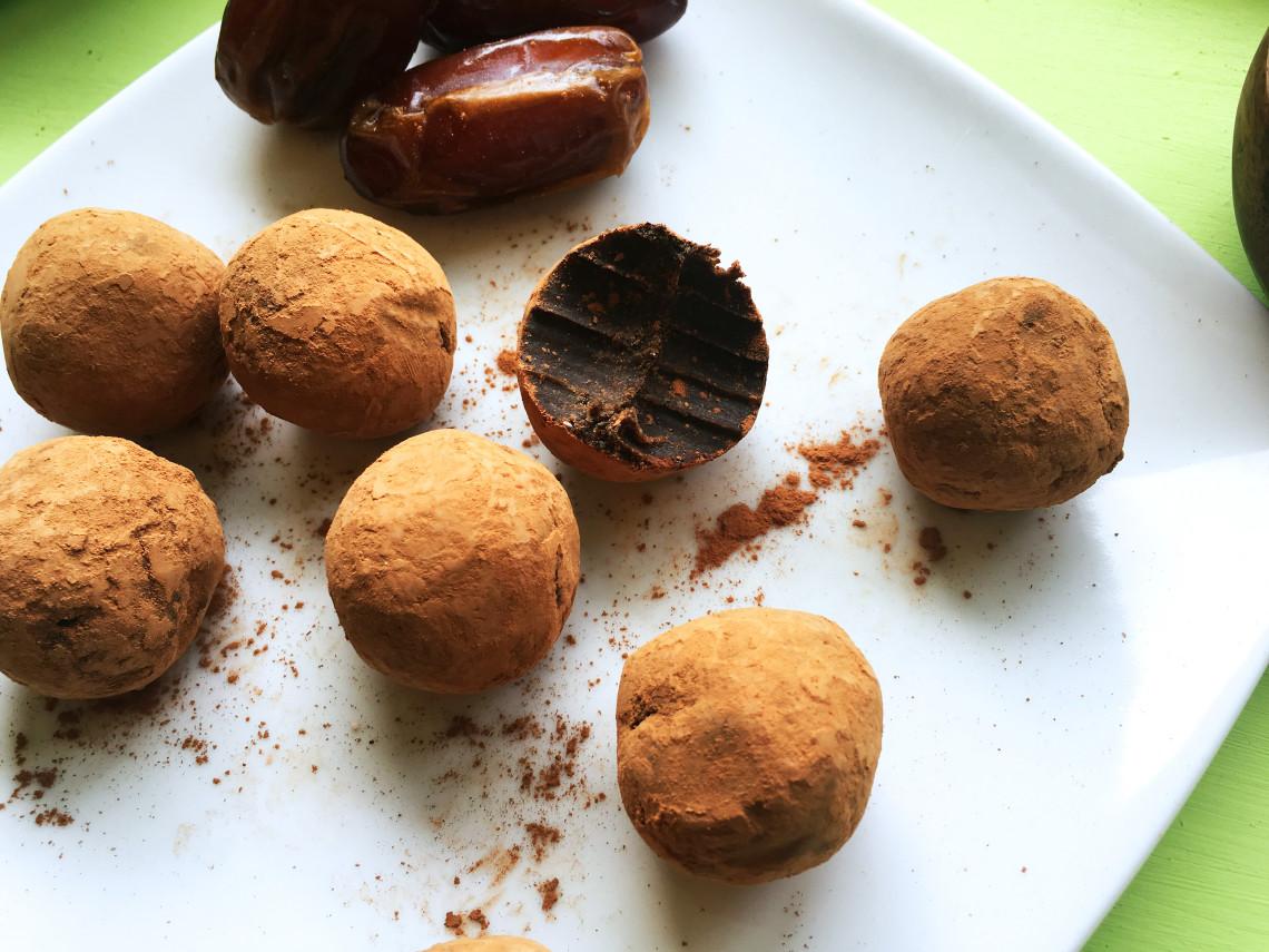 Chocolate Orange Paleo Energy Bon Bons
