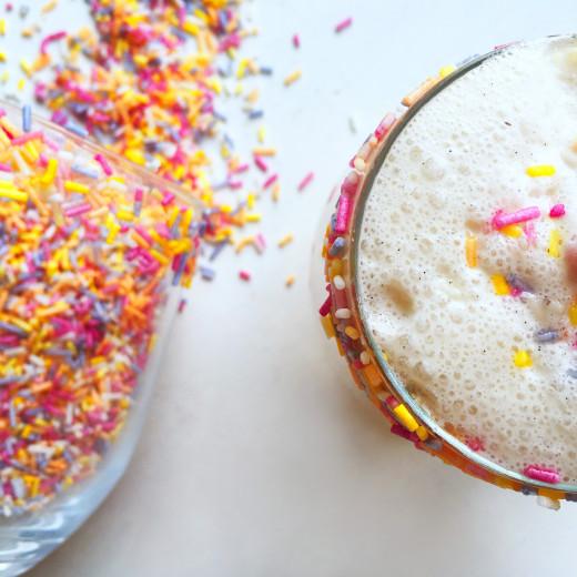 healthy-keto-cake-batter-milkshake-4