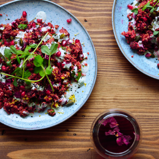 beetroot-and-pomegranate-cauliflower-cous-cous-salad-3