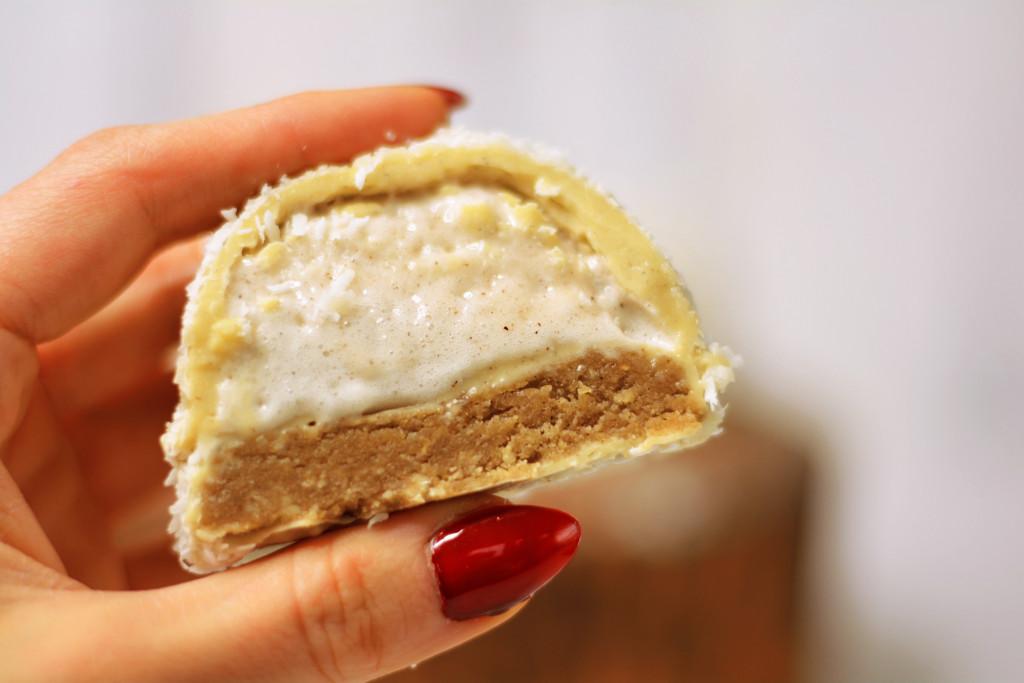 raw-vegan-snowball-teacakes-gluten-free-paleo-6