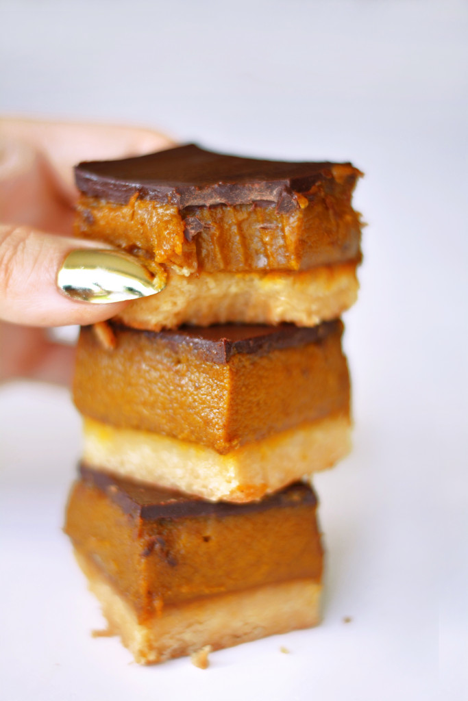 pumpkin-pie-millionaires-shortbread-with-mia-chocolate-gluten-free-paleo-vegan-1