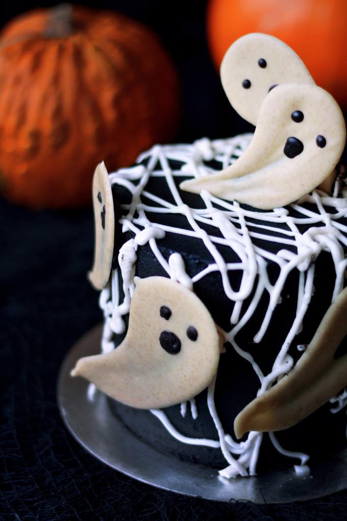 halloween-black-velvet-oreo-cake-gluten-free-paleo-vegan-4