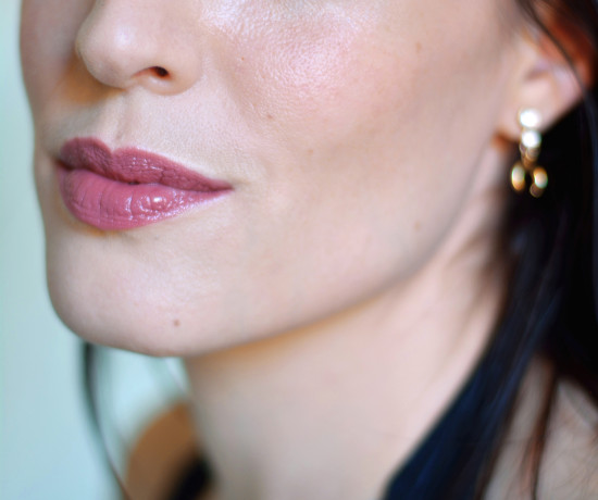 odylique-organic-mineral-lipstick-review-autumn-shades-cruelty-free-carmine-free-fig-fondant-2