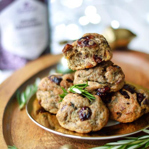 apricot-cranberry-and-pistachio-vegetarian-stuffing-balls-gluten-free-paleo-12