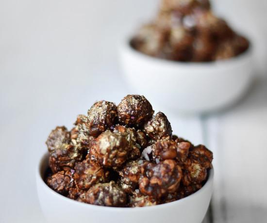 peppermint-crunch-popcorn-gluten-free-vegan-2